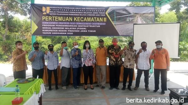 Kecamatan Kepung dan Banyakan Bangun Infrastruktur Melalui Program PISEW